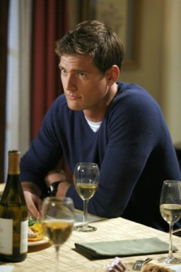 Ryan McPartlin - Click to visit Chuck on NBC