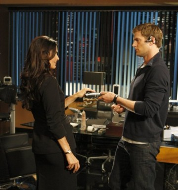 Angie Harmon - Ryan McPartlin - Click to visit Chuck on NBC